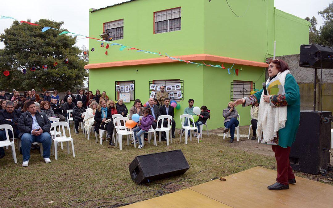 Chiqui González participó del 30° aniversario de Anide